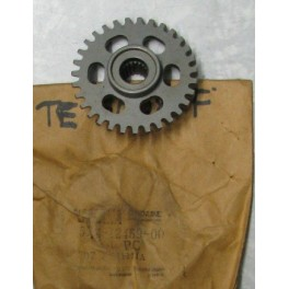 YA 5X4124590000 INGRANAGGIO,IMPELLER SHAFT - YZ 125 1982