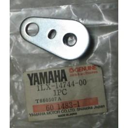 attacco staffa silenziatore Yamaha YZ 125-250-490 1986-1987 1LX-14744-00