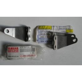 staffa attacco sella Yamaha YZ 125-250 1993-1995 4EW-24728-00 4EW-24738-00 coppia